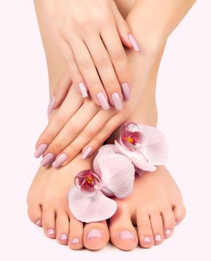 Pediküre, kosmetische Fußpflege, Nagelbehandlung und Nagelpflege bei BEAUTY BRASIL – Ihrem modernen Kosmetik-Studio in Stutensee (zwischen Karlsruhe und Bruchsal)